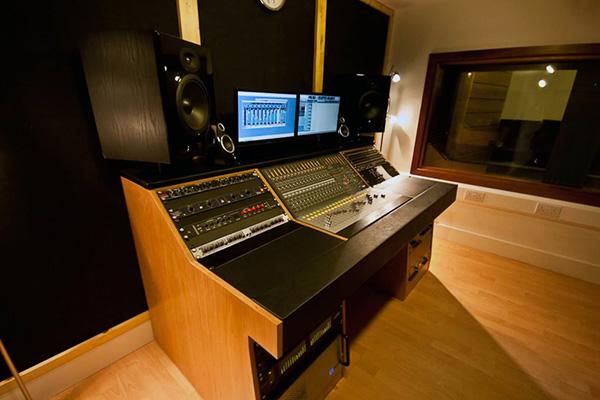 audient zen desk recording studio furniture