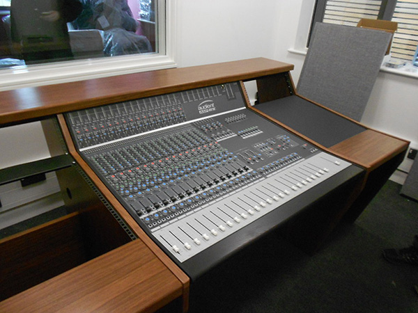 Beliefspace Studios Desk for Audient ASP4816