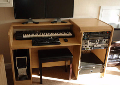 oak-home-recording-studio-desk