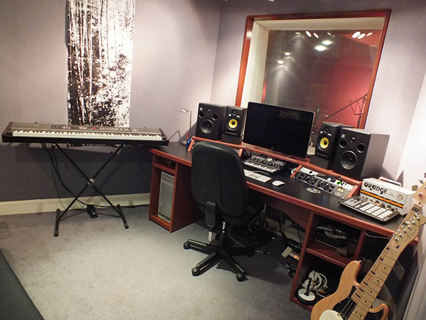 Ravenscourt Studio 2