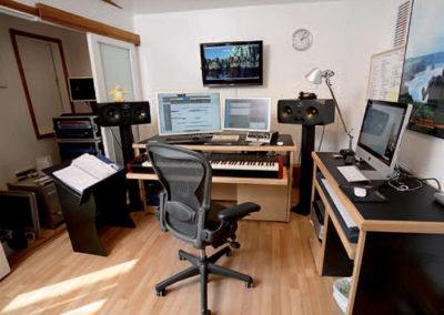 recording-studio-furniture-composers-studio