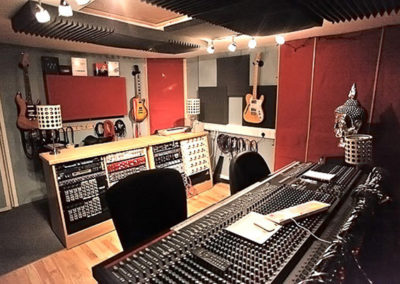 recording-studio-racks-wooden-19-racks