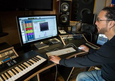 roni-size-studio-minimaster-studio
