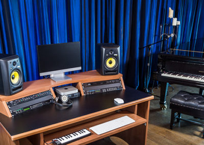 studioracks-origin-home-music-studio-desk