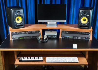 studioracks-origin-music-desk