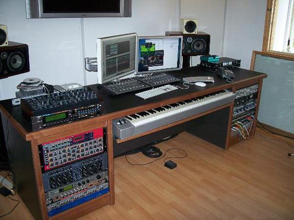 090 Writers studio Desk Recording Studio Furniture